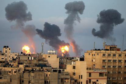 Ataques aéreos en el sur de la frontera de Gaza.