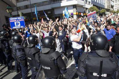 Protesta de los pescadores del cerco en Santiago