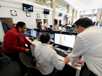 Periodistas de la delegación neoyorkina del canal de televisión catarí Al Jazeera.
