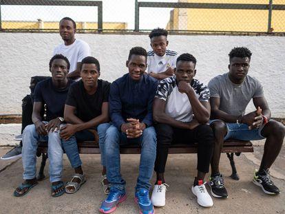Los siete inmigrantes conviven en las instalaciones que les ha ofrecido la Fundación El Buen Samaritano.