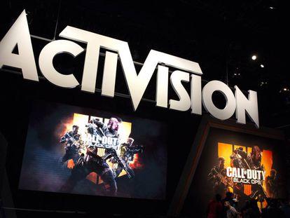 Un cartel del gigante de videojuegos Activision Blizzard.