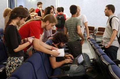 Pleno del Consejo de Estudiantes de la Universidad de Sevilla.