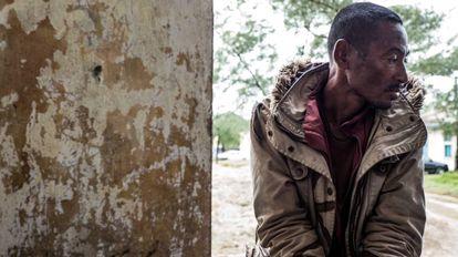 Un minero ilegal, paciente de tuberculosis, en Fort Dauphine, en Madagascar.