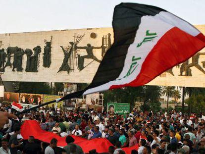 Manifestación de apoyo en Bagdad a las reformas propuestas por el primer ministro Abadi