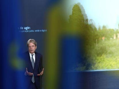 El comisario de Economía, Paolo Gentiloni, en una comparecencia en Lisboa la semana pasada.
