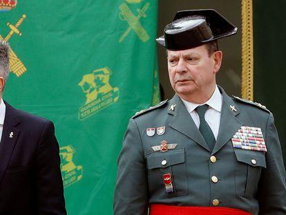 El ministro del Interior, Fernando Grande-Marlaska (izquierda) y el teniente general Laurentino Ceña, el pasado mes de enero.