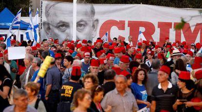 Manifestación de la oposición israelí, el sábado en Tel Aviv.