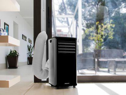 El aire acondicionado Forceclima 9150 incluye un accesorio para adaptar la salida de aire a la ventana.