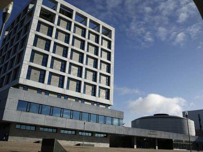 Fachada de uno de los edificios de la Universidad Rey Juan Carlos