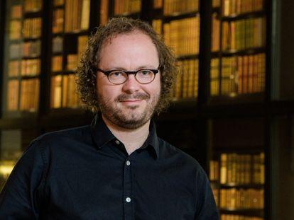 """James Williams es investigador del Centro Uehiro de Ética Práctica de la Universidad de Oxford y autor de """"Clics contra la humanidad"""" (Gatopardo)."""