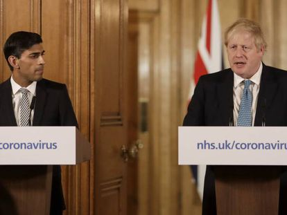El ministro de Finanzas y responsable de Hacienda de Reino Unido, Rishi Sunak, y el 'premier' británico, Boris Johnson.
