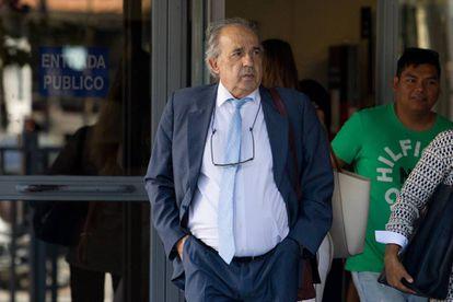 El fallecido Enrique Álvarez Conde, director del Instituto de Derecho Público de la URJC.