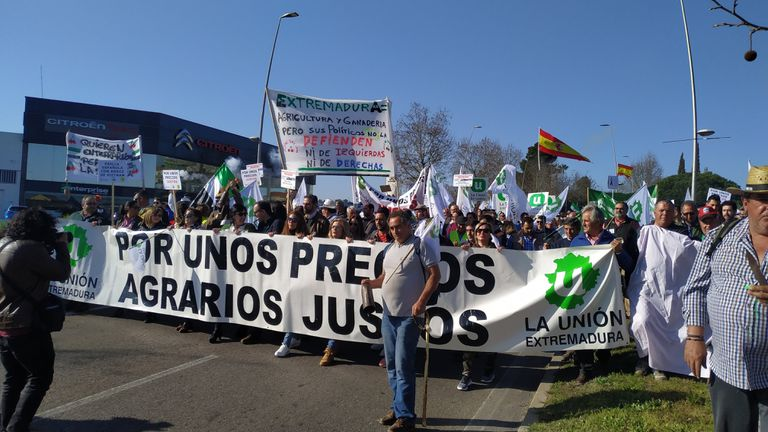 Protesta de agricultores el pasado mes de febrero en Mérida.