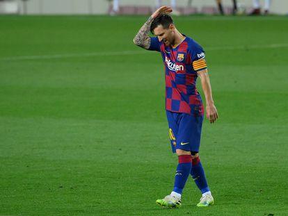 Messi se lamenta durante el Barcelona-Osasuna del jueves en el Camp Nou.