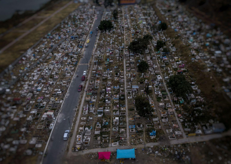 Vista del panteón municipal en el Valle de Chalco.