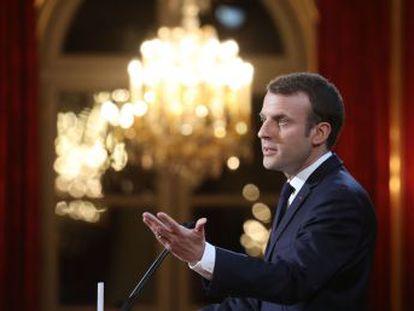 El presidente francés quiere evitar las injerencias extranjeras en los procesos electorales democráticos