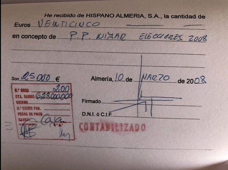Uno de los recibí de Hispano Almería con destino al PP.