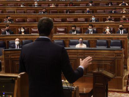 El presidente del Gobierno, Pedro Sánchez, interviene este miércoles en el Congreso de los Diputados, Madrid.