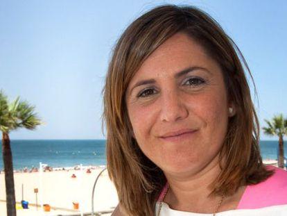 Irene García, en Sanlúcar, de donde es alcaldesa.