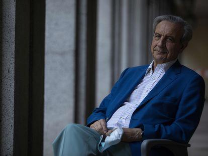El doctor Antonio Burgueño, ex director general de hospitales de la región, este lunes en Madrid.