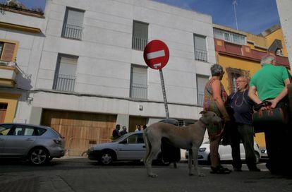 Fachada del inmueble que albergará un centro para menores inmigrantes no acompañados en Sevilla.