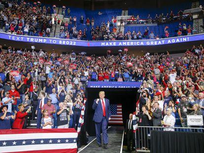 El presidente Donald Trump, durante su mitin en Tulsa, este sábado.