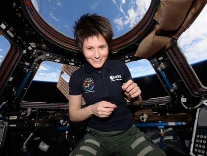 La astronauta italiana Samantha Cristoforetti en la Estación Espacial Internacional.