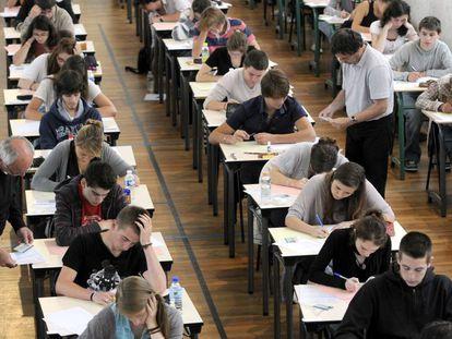 Un examen de bachillerato en un instituto de Nantes (Francia).