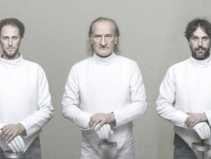 De izquierda a derecha, Oscar Valsecchi, Lluís Homar y Pau Miró, en una imagen promocional de 'Cyrano'.