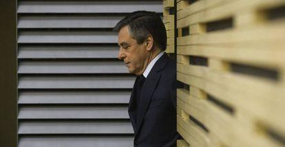 François Fillon, a su llegada a un encuentro con representantes de territoriales en París, este miércoles.