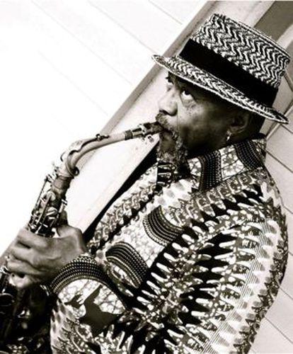 El saxofonista Oliver Lake