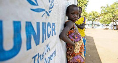 Una menor africana, en un campo de Naciones Unidas.