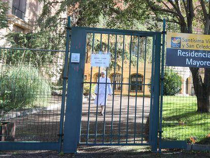 Una monja en la residencia de mayores de la fundación Santísima Virgen y San Celedonio, en Madrid, el pasado noviembre.