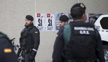 Agentes de la Guardia Civil en Cataluña.