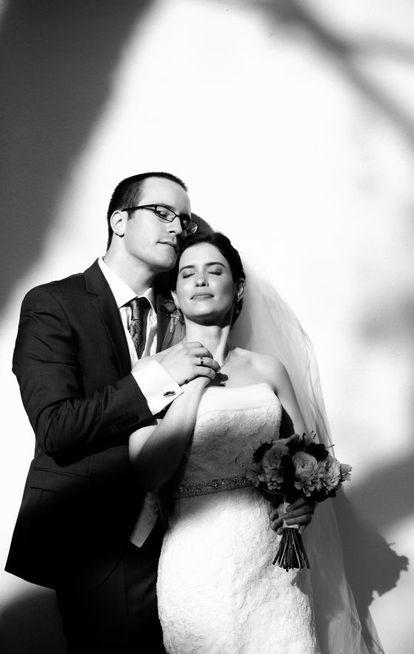Carolina y James Escudero-Spelling, el día de su boda.