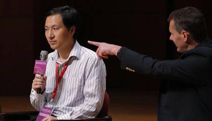 He Jiankui, el científico que contrató profesionales de comunicación para difundir su experimento con embriones de personas, durante su intervención en la Conferencia de Edición del Genoma Humano celebrada en Hong Kong.