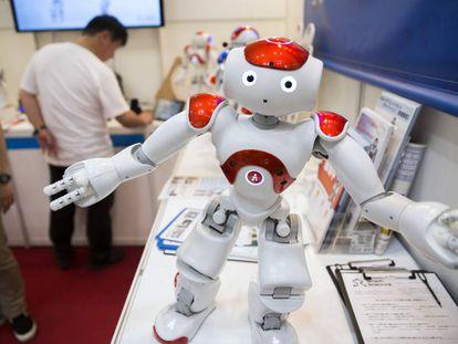 Uno de los robots presentados en la feria de la electrónica de Tokio.