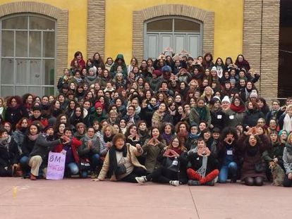 Participantes en el encuentro estatal del movimiento feminista para preparar el 8 de Marzo.