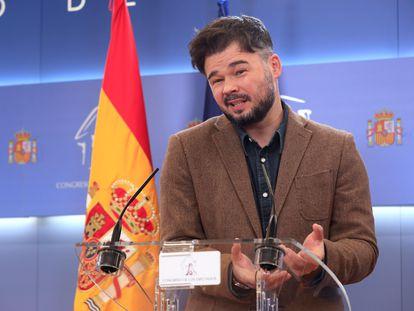 El diputado de ERC Gabriel Rufián durante la rueda de prensa ofrecida este martes en el Congreso.