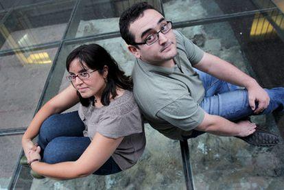 Sole Gil (33 años) y Jaime Almansa, 26, arqueólogos, en Madrid.