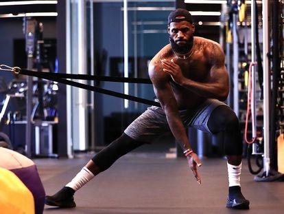 LeBron James, en uno de los gimnasios de las instalaciones en Disney World, Orlando.