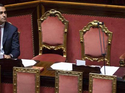 El vicepresidente italiano, Luigi Di Maio, participa en una sesión de control en el Senado.