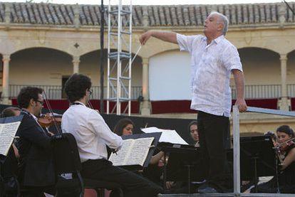 Barenboim prepara el concierto que la West-Eastern Divan Orquesta ofreció la noche del viernes en Ronda.