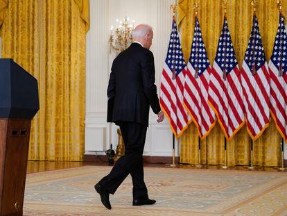 El presidente Joe Biden, tras su comparecencia en la Casa Blanca sobre la situación en Afganistán.