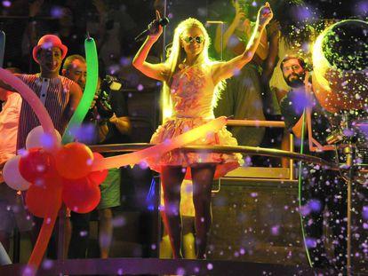 Paris Hilton, durante una actuación el pasado verano en Ibiza.