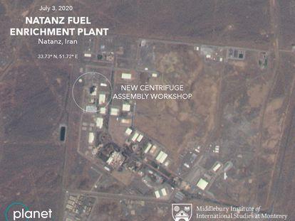 Imagen de satélite del complejo de enriquecimiento de uranio de Natanz (Irán).