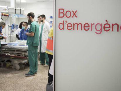 Un box de urgencias del hospital de Bellvitge de Barcelona