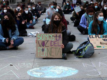 Concentración en Madrid contra la falta de medidas contra el cambio climático.