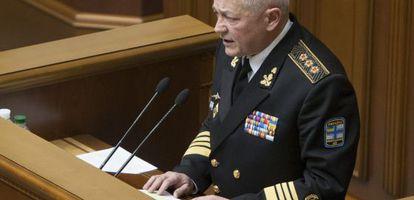 El exministro de defensa ucranio Igor Teniuj, este martes durante su comparecencia en el parlamento urcanio.