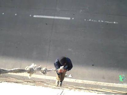 El sueño de los menores marroquíes en Melilla: dar el salto a la Península